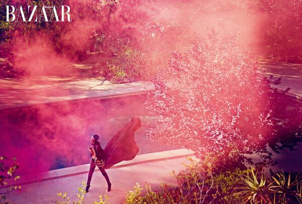 Rihanna for 'Harper's Bazaar' Arabia. Photo: @Rihanna's Twitter